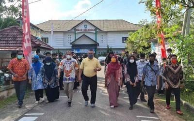 Hari Batik Nasional, SMAN 1 Manggar Tetap Bangga Berbatik