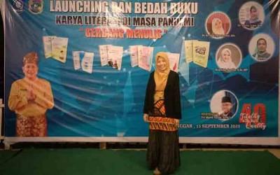 Winda, Guru SMAN 1 Manggar Juara Artikel Ilmiah Kabupaten Beltim